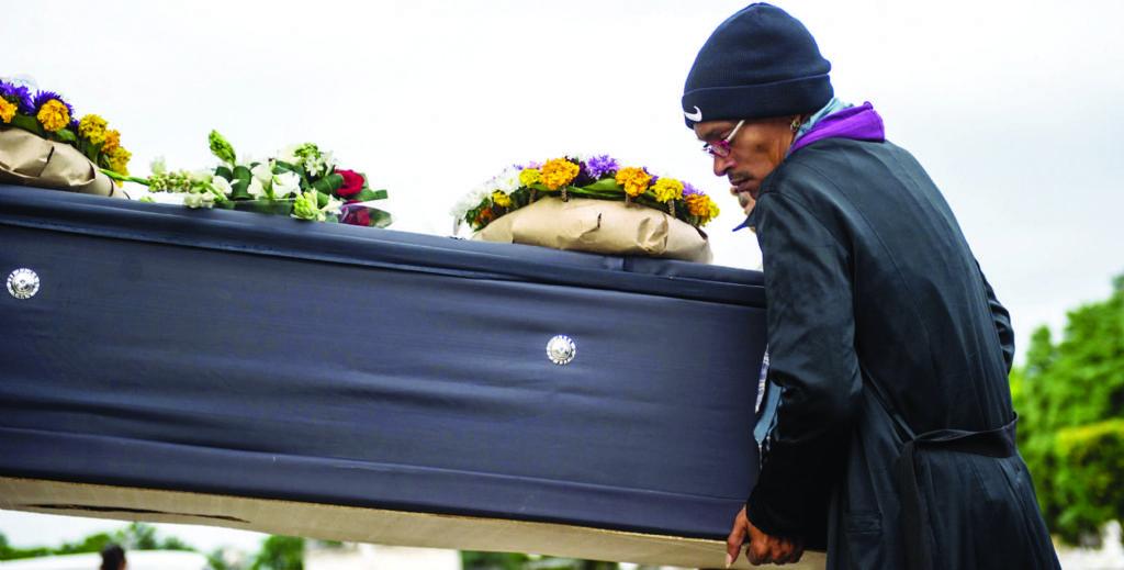 Ataúd de funeraria en La Habana